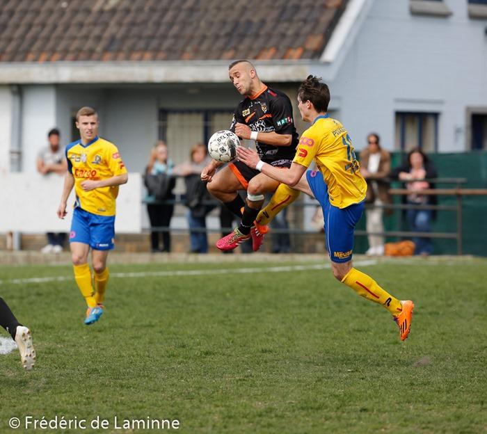 Match de Football D3 entre Charleroi/Fleurus et  Huy qui s'est déroulé à Couillet (Stade du Fiestaux) le 04/05 /2014.