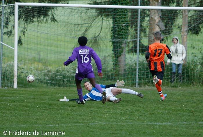 Match de Football TF P3: Havelange A – UBS Auvelais A  qui s'est déroulé à Havelange (rue de la station) le 07/05 /2014.