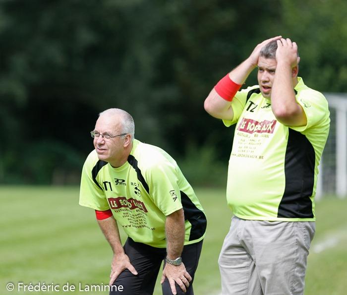 Gregory Hoffman T1 Hastière et Michael Migeotte T2 lors du 1er tour Coupe de BelgiqueFoot féminin : Hastière – Standard C qui s'est déroulé à Hastière (-) le 16/08/2014.