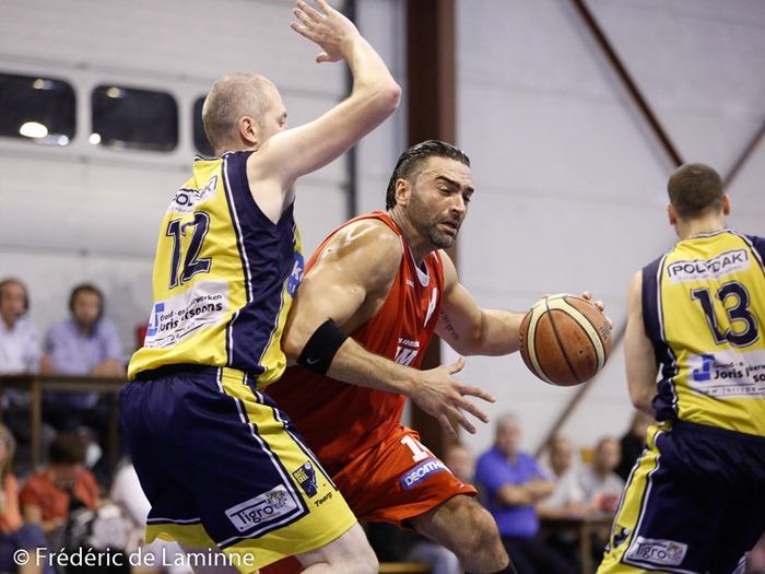 L. DE CAMPOS (14)  du BC Loyers lors du match de Basket D3 : Loyers - Geel qui s'est déroulé à Loyers (complexe sportif) le 13/09/2014.