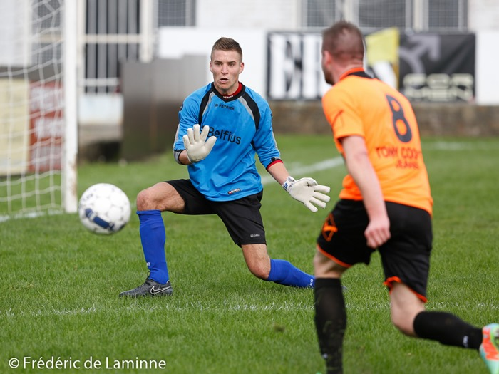 Match de Football P1H:  RC Charleroi/Couillet/Fleurus – RUS Courcelles qui s'est déroulé à Couillet (Stade du Fiestau) le 12/10/2014.