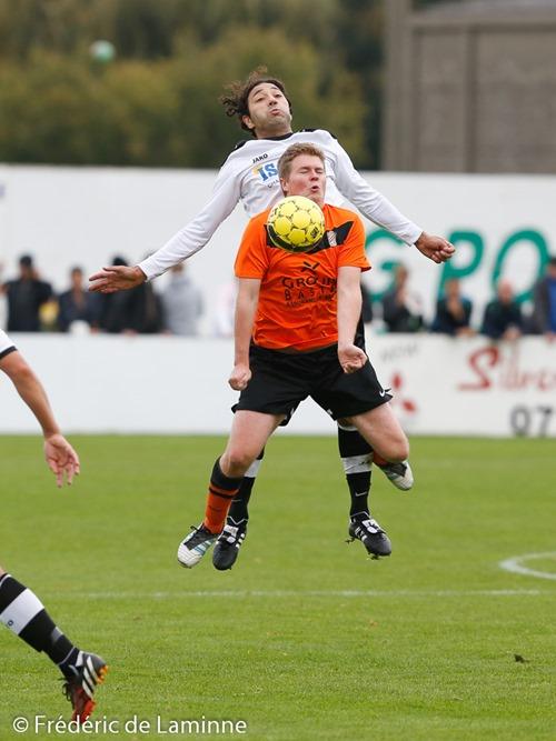 Match de Football Promotion: JS Tamines – RRC Mormont qui s'est déroulé à Tamines (-) le 12/10/2014.