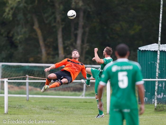 Match de Football promotion : Meux – Mormont qui s'est déroulé à Meux (RFC Meux) le 26/10 /2014.