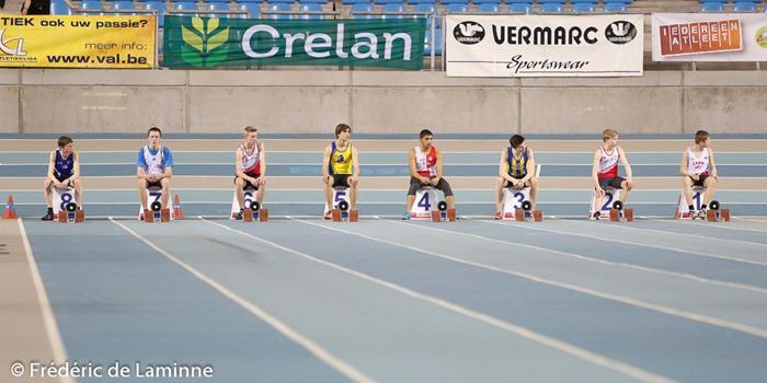 Prêts. En attente du départ des séries du 60m cadets lors du Championnat de Belgique d'athlétisme Indoor Cadets / Scolaires qui s'est déroulée à Gent (Topsporthal) le 08/03/2015.