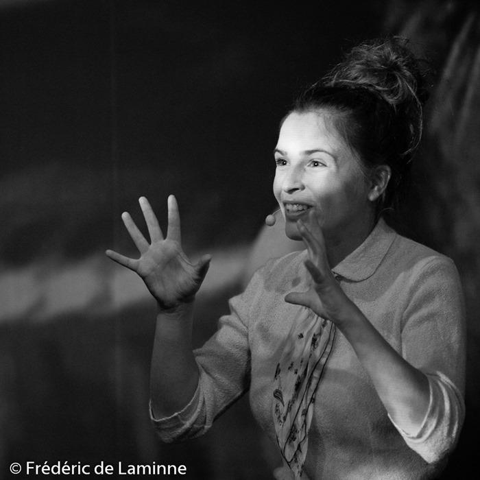 Pauline Brisy lors du Spectacle la Boite à images qui s'est déroulé à Rochefort (Square de l'amicale) le 04/02/2016.