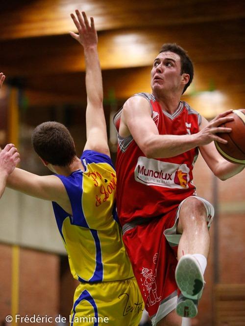 A. DESPONTIN (5)  du Royal Gallia BC Beez lors du Match de Basket-ball R2A: Erpent – Beez qui s'est déroulé à Erpent/ Namur (Collège ND Erpent) le 19/03/2016.