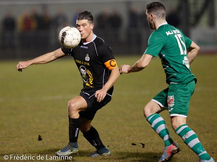 Xavier TOUSSAINT (22) capitaine de l' UR Namur lors du Match de Football Promotion D: UR Namur – Cointe qui s'est déroulé à Namur (stade communal) le 19/03/2016.