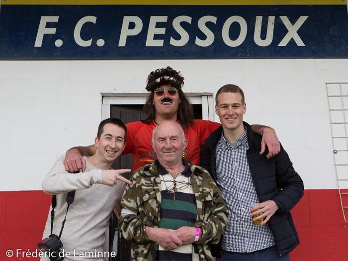 Adrien, Maxime et Thomas, les 3 amis qui ont lancé l'invitation sur Facebook avec le président de Pessoux lors du Match de Football P4: Pessoux – Yvoir B qui s'est déroulé à Pessoux (Football) le 10/04/2016.