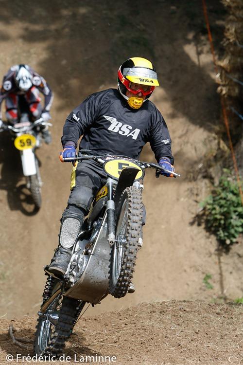 Les motos anciennes ont fait leur retour à Namur lors du Motocross Namur Legend qui s'est déroulé à Erpent (-) le 31/07/2016.