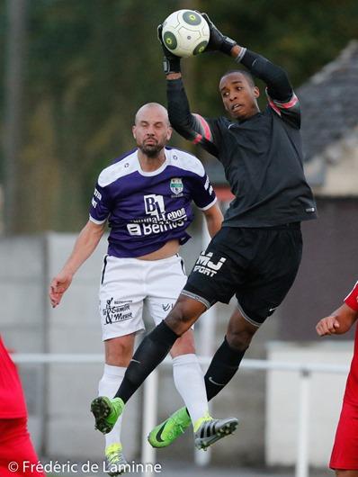 Jordan TONNET (24) du RCS Onhaye lors du match amicalde Football : Chatelet Farciennes – Onhaye qui s'est déroulé à Farciennes (Stade des Marais) le 10/08/2016.