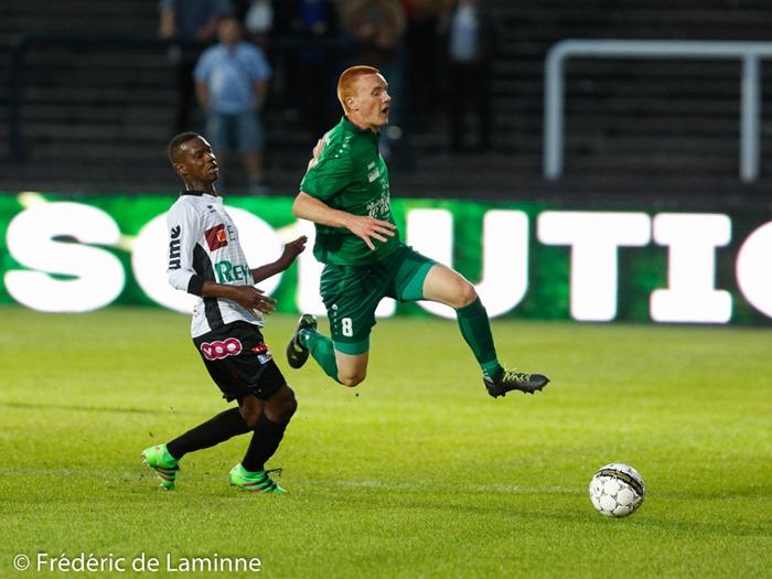 Antoine PALATE (8) du RFC Meux lors du Match de Football D2 ACFF: Olympic Charleroi – RFC Meux qui s'est déroulé à Charleroi (Stade de la Neuville) le 03/09/2016. Photo : Frédéric de Laminne