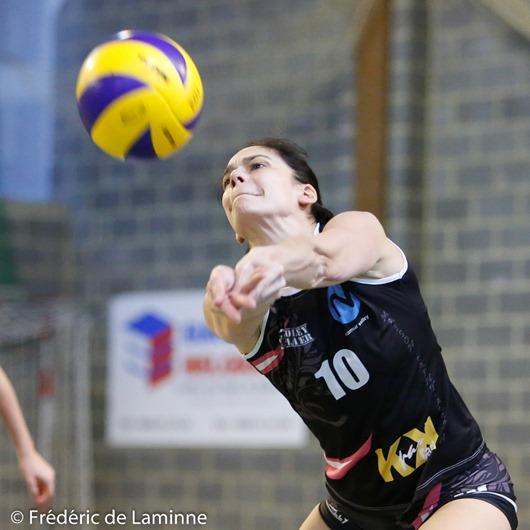 L. GOFFINET (10) de Namur Volley lors du Match Volley-ballCoupe dames: Profondeville B – Namur B qui s'est déroulé à Profondeville (Complexe de la Hulle) le 07/02/2016.
