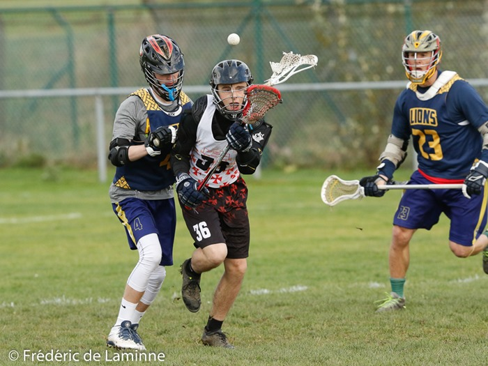 Match de Lacrosse : Namur Knights - Braine Lions qui s'est déroulé à Flawinne (terrain de Foot) le 20/11/2016.