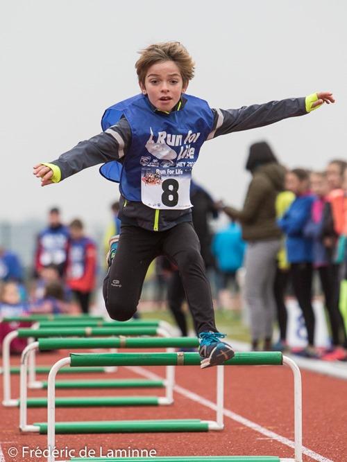 Des activités pour les jeunes ont été organisées lors de l'inauguration de la piste d'Athlétismede l'ARCH qui s'est déroulée à Ciney (Rebompré) le 26/11/2016.