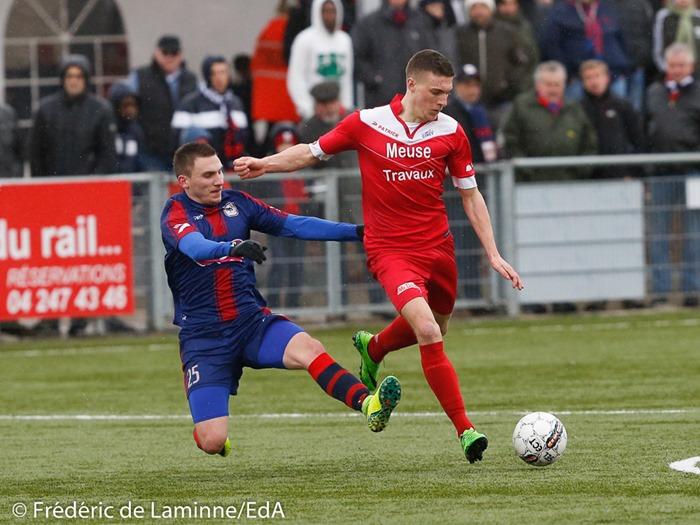 Gauthier SMAL (8) de la RUW Ciney lors du Match de Football D2 ACFF: Liège – Ciney qui s'est déroulé à Liege (RFCL) le 05/03/2017.