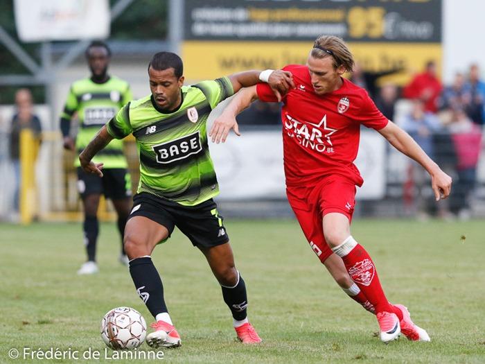Match de football entre le Standard de Liège et l'Excelsion Mouscron qui s'est déroulé à Namur (Stade communal) le 14/07/2017.